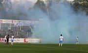 Fotbalisté Frýdku-Místku (v bílém) si v domácím prostředí vyšlápli na favorizovanou Příbram, kterou porazili 2:1.