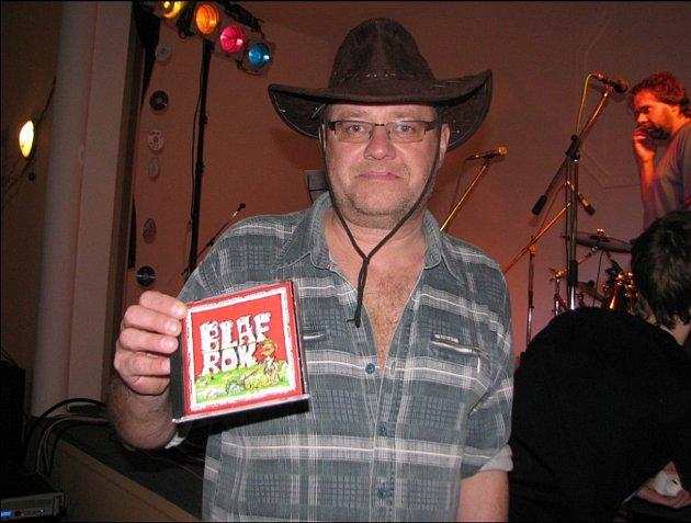 Tomáš Tomanek sCD skupiny Blaf.
