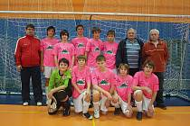Mladí házenkáři SKP Frýdek-Místek se pod vedením trenéra Radima Hustopeckého probojovali již do třetího kola žákovské ligy.