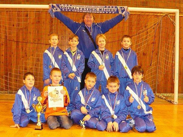 Mladí fotbalisté MFK Frýdek-Místek se stali vítězi halového turnaje starších přípravek, který se o uplynulém víkendu konal ve Zlíně.