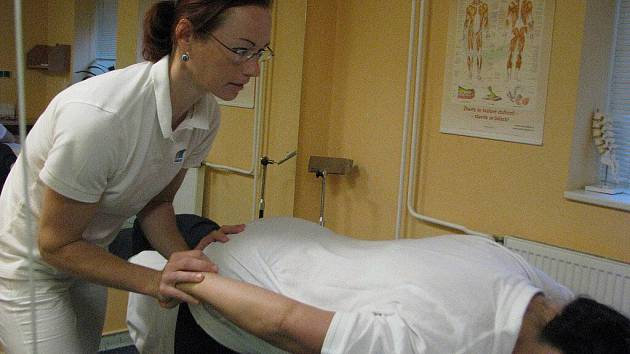 Gabriela Birgusová při práci v nemocnici.
