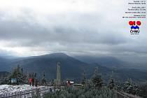 Lysá hora. Snímek z webkamery v pátek 26. října 2012.