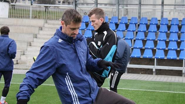 Přípravu s druholigovým Frýdkem-Místkem absolvuje také druhý nejlepší střelec FNL Hynek Prokeš, o kterého v zimním období projevily zájem ligové týmy 1. FC Slovácko a FC Baník Ostrava.