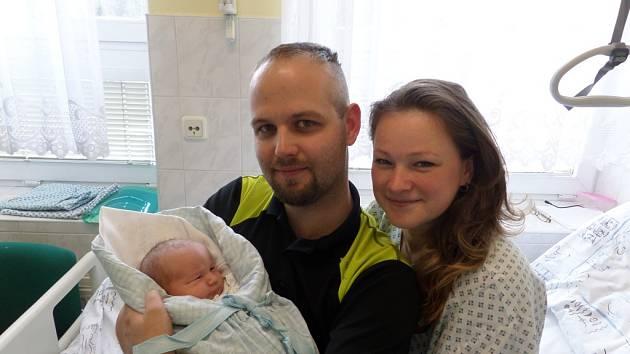 Tadeáš Košák s maminkou a tatínkem, Sviadnov, nar. 19. 4., 51 cm, 3,94 kg, Nemocnice Třinec.