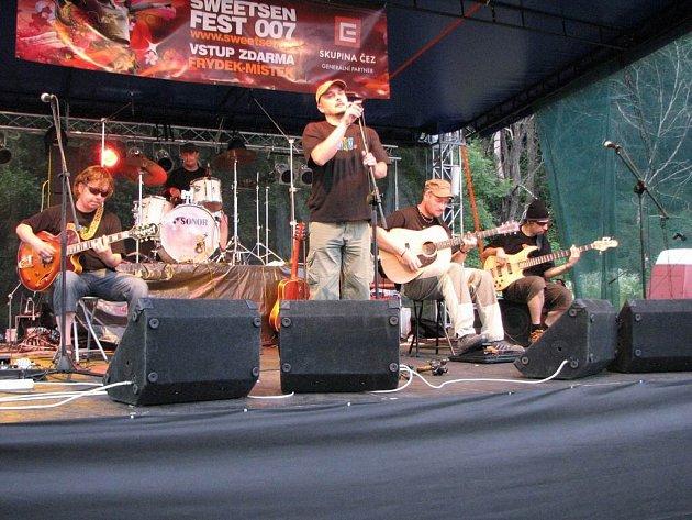 Skupina Kajkery na Sweetsen Festu 2007.