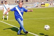 LEGENDA. Ladislav Kubalák je legendou fotbalového Frýdku-Místku. V roce 1976 byl u slavného vítězství 1:0 na Letné. Slezané vyhráli v roce 1977 v téže sezoně i domácí odvetu 3:2. Foto: MFK Frýdek-Místek