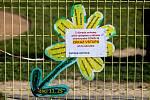 Uzavřené dětské hřiště u přehrady Olešná kvůli ochraně před šířením nového koronaviru, 24. března 2020 ve Frýdku-Místku.
