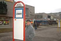 CENA JÍZDNÉHO ve frýdecko-místecké MHD se nezměnila. Lidé si tak zvykají především na změny jízdních řádů, odlišné trasy některých linek a na novou polohu autobusového stanoviště.
