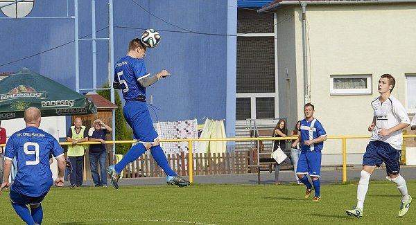 Fotbalisté Brušperku potvrdili, že na domácím trávníku jsou vletošní sezoně stoprocentní. Tentokráte zdolali 2:1 celek Raškovic.