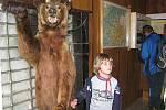 Medvěd v chatě Prašivá.