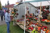 Návštěvníci si mohli prohlédnout desítky betlémů, rozmanité vánoční ozdoby, svíčky či keramiku.