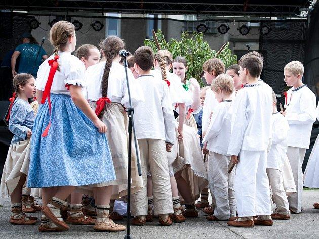 Dětský folklorní soubor Ondrášek z Frýdku-Místku.