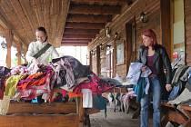 ADRA pořádala charitativní burzu oblečení v areálu Myšák Western Ranch v Palkovicích.