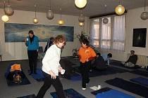 Škola jógy Karakal z Frýdku-Místku připravila v sobotu 12. února seminář nazvaný Aby páteř nebolela.