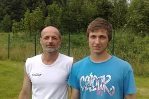 Bývalý fotbalista Baníku Ostrava Radomír Chýlek se svým synem Radkem.