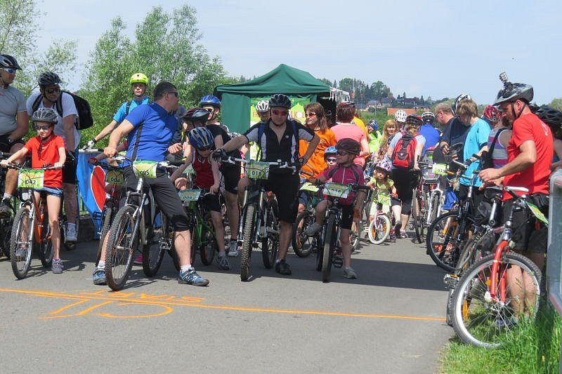 Okolí přehrady Olešná v sobotu ovládli milovníci cyklistiky. Konal se zde první ročník akce s názvem Frýdek-Místek na kole.