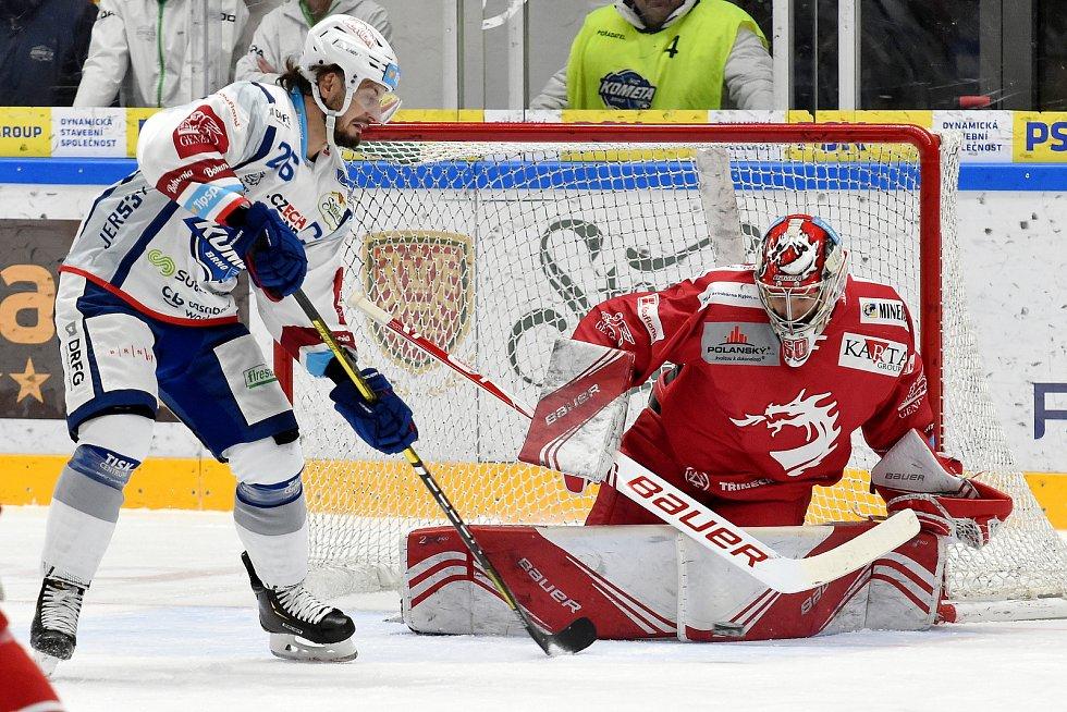 Brno 28.1.2020 - domácí HC Kometa Brno (Martin Zaťovič) proti HC Oceláři Třinec (Petr Kváča)