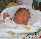 Julie Herzánová se narodila 22. září mamince Bohdaně Herzánové z Lučiny. Po porodu dítě vážilo 3370 g a měřilo 48 cm.