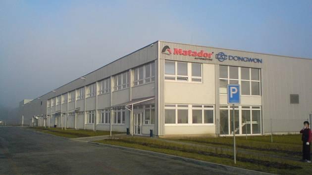 Společnost Matador-DongWon v minulých dnech dokončila stavbu své továrny v třinecké průmyslové zóně.