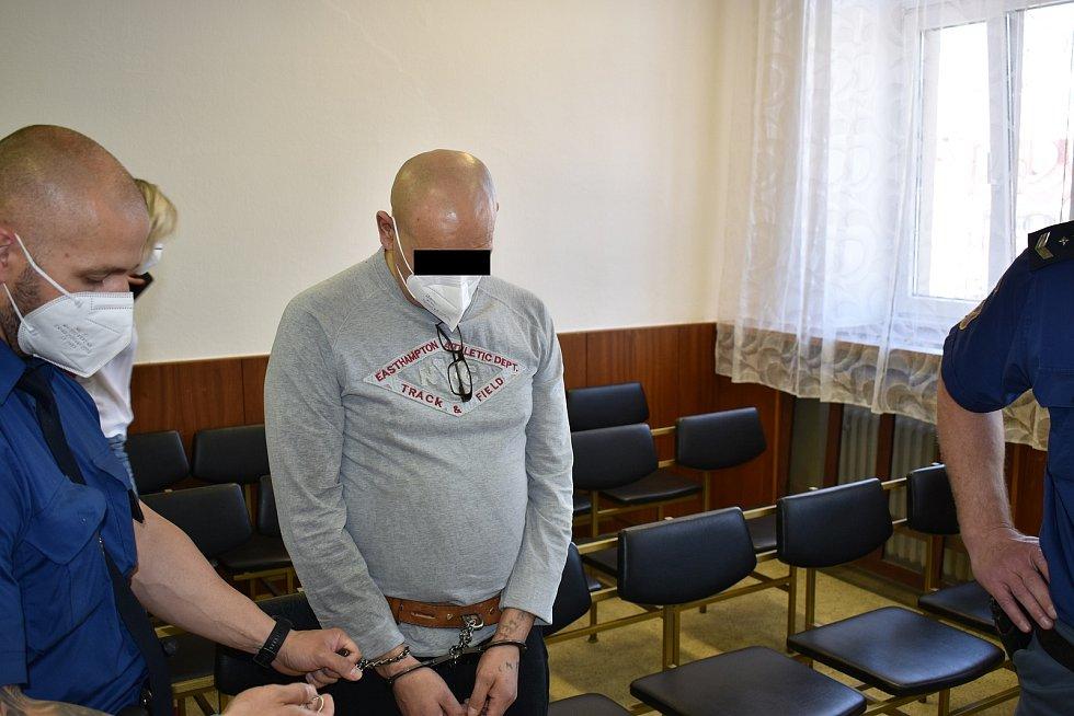 Obžalovaný v případě vraždy na tržnici ve Frýdku-Místku si ve čtvrtek 3. června 2021 vyslechl jedenáctiletý verdikt.