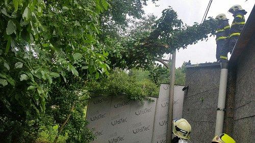 Výstrahu vpodobě extrémního stupně nebezpečí kvůli vydatným dešťům vydal Český hydrometeorologický ústav pro oblast Moravskoslezského kraje.