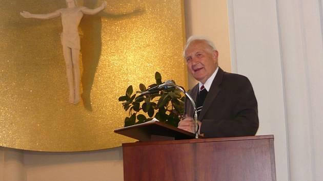 Jaro Křivohlavý během besedy o vztazích.