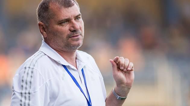 Trenér frýdecko-místeckých fotbalistů Mikuláš Radványi.