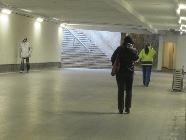 Křížový podchod, který vede pod nejfrekventovanější silnicí ve Frýdku-Místku, by měl již brzy výrazně proměnit svůj vzhled.