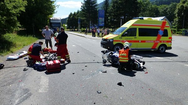 Zásah záchranářů unehody motorkáře.
