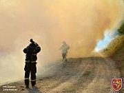 Rozsáhlý lesní požár ve Starých Hamrech.