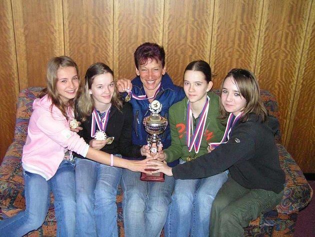 Vítězný tým. Gymnastky z Frýdku-Místku.