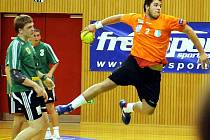 Házenkáři Frýdku-Místku zdolali v osmifinále národního poháru na domácím hřišti favorizovaný celek Zubří 36:29.