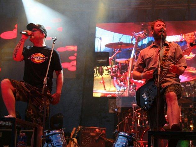 Skupna Divokej Bill vystoupí ve Frýdku-Místku.
