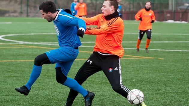 Na umělé trávě ve Vratimově se koná tradiční zimní fotbalový turnaj.