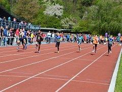 Májové závody se ve Frýdku-Místku těšily obrovskému zájmu mladých sportovců.