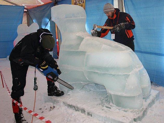 Sochařská soutěž Sněhové království