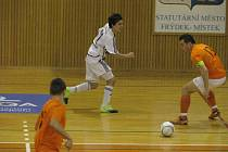 Druholigoví futsalisté frýdecko-místeckého Unitedu remizovali na vlastní palubovce s juniory Tanga Brno 4:4.