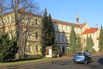 Středisko sociálních služeb sídlí v historicky cenné budově bývalého kláštera v centru Frýdlantu nad Ostravicí. Poskytuje pomoc seniorům z celého Frýdlantska.