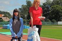 Veronika Siebeltová (na snímku vlevo) skončila na 9km trati stříbrná. Její sestra Kateřina doběhla šestá.