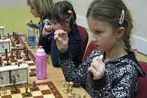 Středisko volného času Klíč ve Frýdku-Místku ožilo během víkendu mladými šachisty, kteří si to znovu rozdali o sladké odměny.