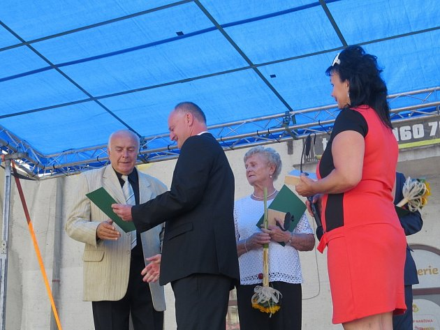 Dny Jablunkova slavili místní v sobotu a v neděli. Behem nedělního dopoledne se předávaly také ceny města.