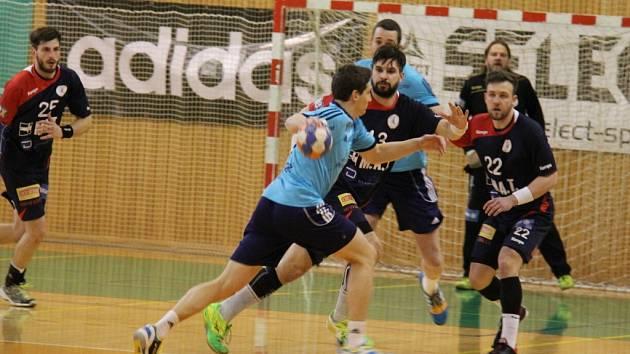 Třetí čtvrtfinálové utkání mezi Frýdkem-Místkem a Plzní musely rozhodnout sedmičky (18:18). V nich přálo štěstí celku ze západních Čech.