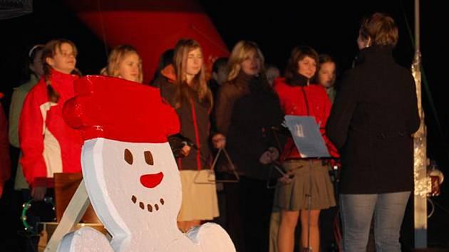 Beskydské Vánoce v Raškovicích již za sebou mají jeden podařený víkend.