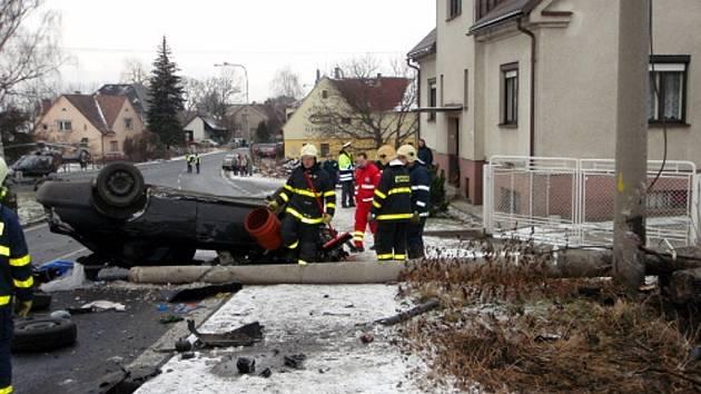 Zranění muže a dítěte si vyžádala dopravní nehoda osobního automobilu Škoda Octavia, která se stala 30. ledna krátce po půl desáté v Dobré.