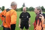 Bývalí fotbalisté Válcoven plechu si zahráli o víkendu přátelské utkání proti staré gardě Vsetína. Valcíře nakonec omlazený tým hostí udolal.