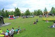 Park pod frýdeckým zámkem ožil v sobotu Létohrátkami.