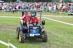Traktoriáda přilákala stovky diváků.