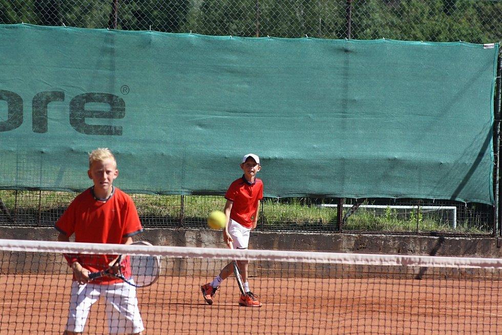 Tenisový turnaj mladších žáků v Havířově.
