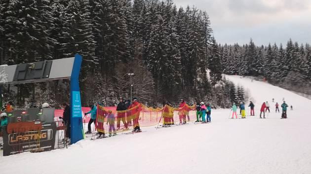 Lyžování ve ski areálu Bílá, vánoční svátky 2018.