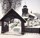 Dřevěný kostel v polských Pielgrzymowicích.